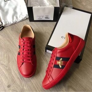 """Gucci Ace Embroidered """"Bee"""" Sneakers US"""